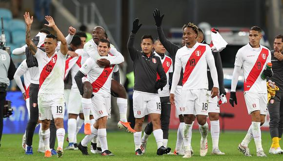 La selección peruana es la quinta de sudamérica según el listado difundido por 'Mr. Chip'. Detrás de Brasil se ubica Uruguay en el quinto lugar, Argentina en el décimo y Chile en el décimo cuarto. (Foto: AFP)