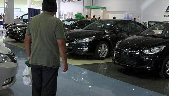 La venta de vehículos livianos sería la más afectada durante el presente año. (Foto: USI)