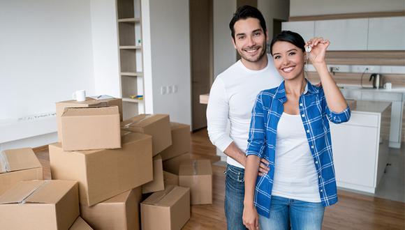 En promedio, un 65%  de la demanda femenina se enfoca principalmente en el alquiler y compra de departamentos.