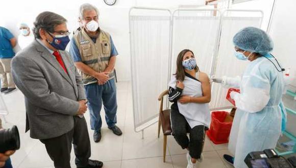 La UNMSM enroló y vacunó a 4.500 voluntarios que se inscribieron como tales en setiembre del año pasado (Foto: Minsa)
