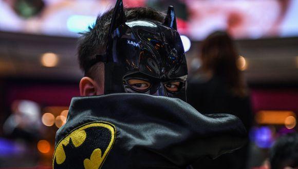 Esta es una imagen de cosplay, pero te hace la idea de cómo podría verse el Batman de la nueva serie de HBO. (Foto: AFP)