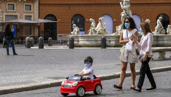 Italia, el primer país afectado por el coronavirus después de China, por meses fue el epicentro de la pandemia y ha pagado un alto precio con 34.644 decesos. (Foto: Andreas Solaro / AFP)