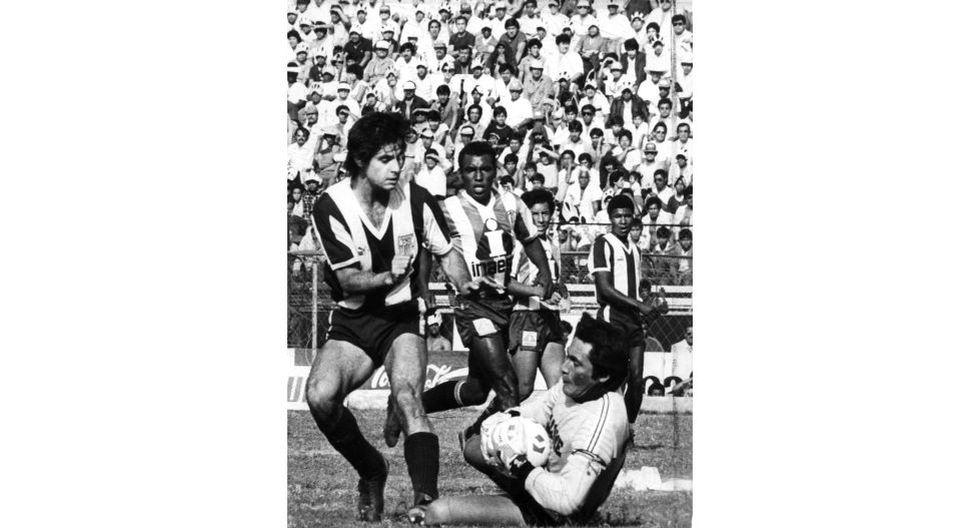 Lima, 8 de noviembre 1987. Alfredo Tomassini, futbolista de Alianza Lima. [Foto: El Comercio]