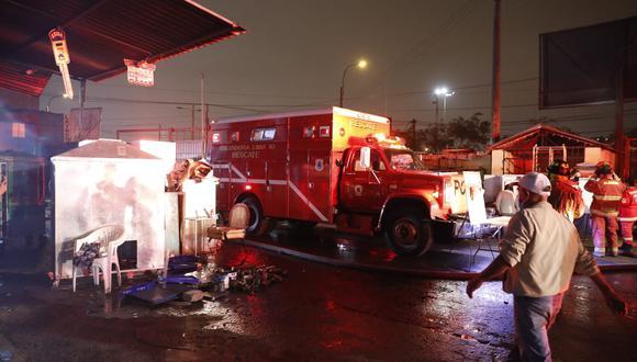 En la zona hay nueve unidades de bomberos para sofocar las llamas. El incendio habría afectado a familias de la comunidad Shipibo-Konibo. (Foto: El Comercio)