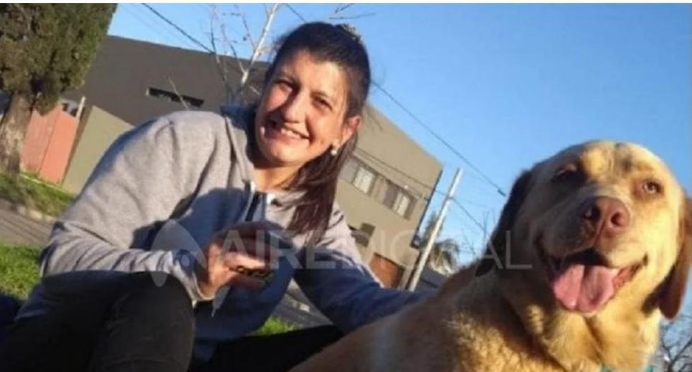 Daniela junto a su perrita, la cual murió por comer carne mezclada con vidrio. (Foto: Aire Digital)