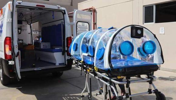 Ica: Gobierno Regional de Ica entrego ambulancia y cápsula para traslado de pacientes COVID-19 (Foto Gore Ica)
