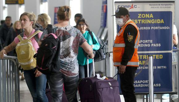 La transmisión comunitaria ocurre cuando hay contagio entre los contactos de los contactos de los casos que llegaron al país portando el Covid-19 (Foto: GEC)