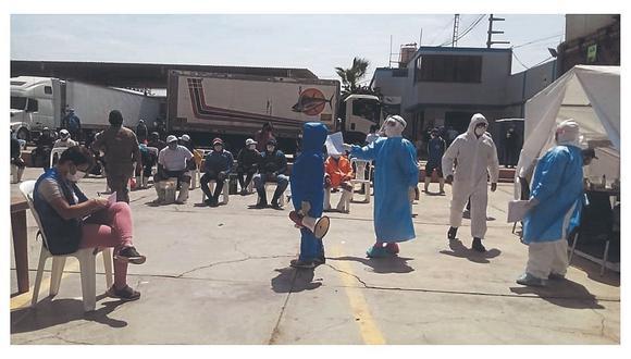 Los comerciantes del terminal pesquero del distrito de Santa Rosa, en Chiclayo, se oponen al cierre dispuesto hasta el 10 de junio. (Foto: GEC)