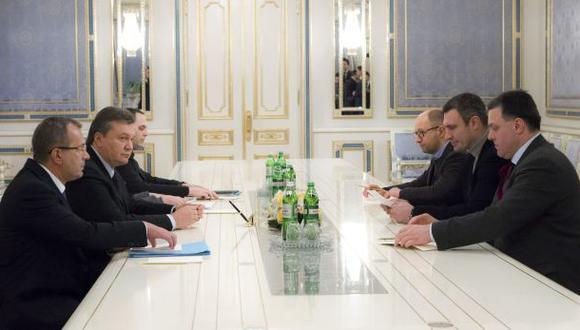 Ucrania: la oposición rechaza la oferta del Gobierno