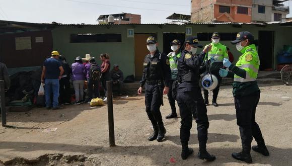 Cajamarca. Sorprenden e intervienen al alcalde de Querocoto libando licor en una vivienda. (PNP)