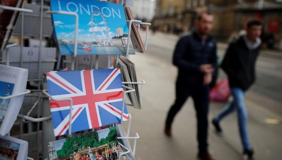 En España hay 370.000 británicos registrados, siendo la mayor comunidad en Europa. Pocos han optado por pedir la nacionalidad española, ya que esto implica abandonar la británica. (Foto: AFP)