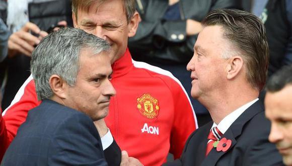 Mourinho señaló a Van Gaal por caídas del United, según prensa