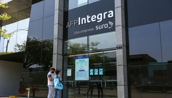 Sepa aquí cómo acceder al retiro de hasta 4 UIT de los fondos de su AFP. (Foto: Fernando Sangama / GEC)