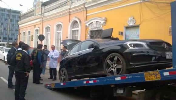 Delincuentes ahora usan autos de marcas lujosas para asaltos