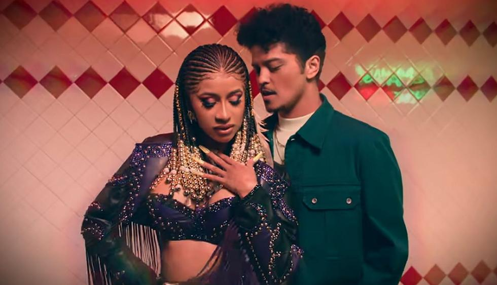 """Cardi B y Bruno Mars estrenaron el videoclip de su nuevo tema """"Please Me"""". (Foto: Captura de YouTube)"""