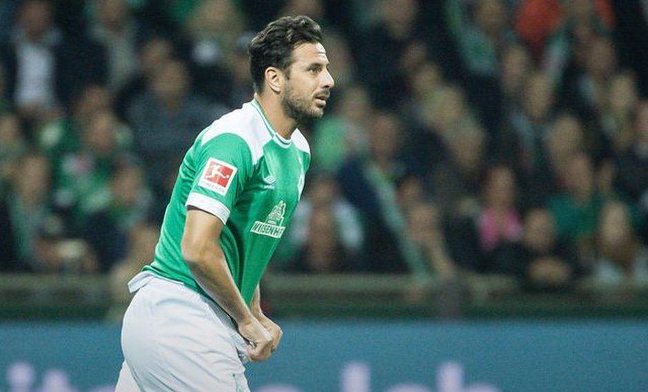 En menos de una semana, Claudio Pizarro volvió a concretar un gol con Werder Bremen. Ahora fue en la Copa de Alemania. El 'Bombardero de los Andes' sigue en racha. (Foto: Agencias)