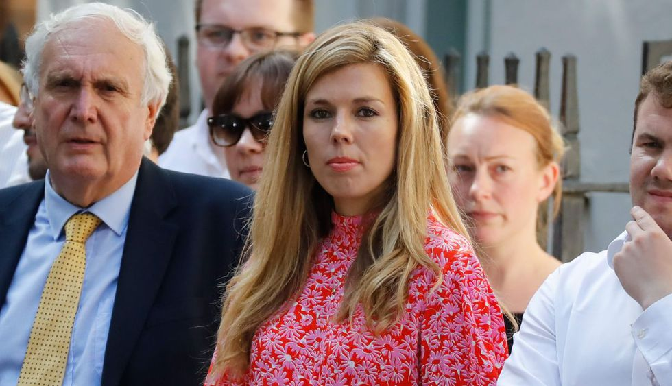 Entre el personal que presenció su discurso, se encontraba su actual novia, Carrie Symonds, de 31 años. (Foto: AFP)