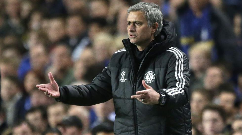 José Mourinho y sus gestos tras la eliminación de la Champions - 9