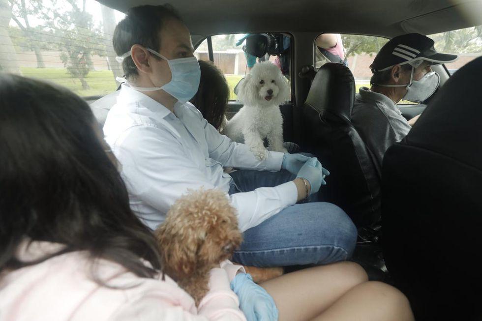 Mark Vito Villanella se trasladó esta mañana a la vivienda de la madre de Keiko Fujimori hasta que el PJ aclare las restricciones que debe cumplir la lideresa de FP. Una de ellas es no comunicarse con los coimputados y testigos. (Foto: Leandro Britto/GEC)