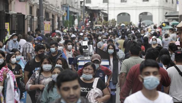 Tres especialistas dan a conocer su punto de vista sobre por qué algunos ciudadanos no utilizan de forma correcta la mascarilla para protegerse del coronavirus | Foto: GEC