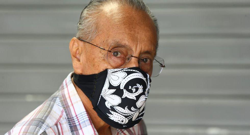 Antes de que el Minsa publicara la norma técnica para la producción casera de máscaras de protección para reducir el riesgo de contagio del coronavirus (COVID-19), recorrimos las calles de Lima para ver con qué se protegen actualmente los ciudadanos. (Foto: Fernando Sangama)