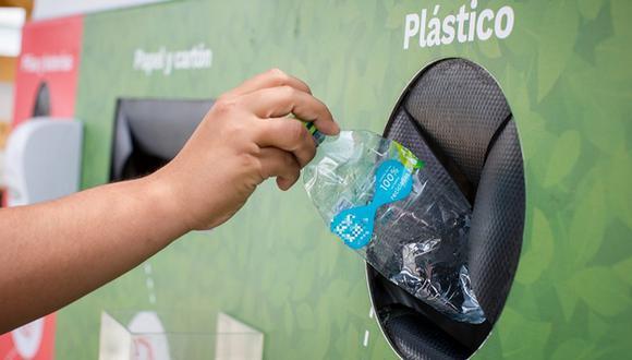 Colocar las botellas de plástico en los puntos de reciclaje es un gran hábito para adoptar. (Foto: Cambiemos la herencia)
