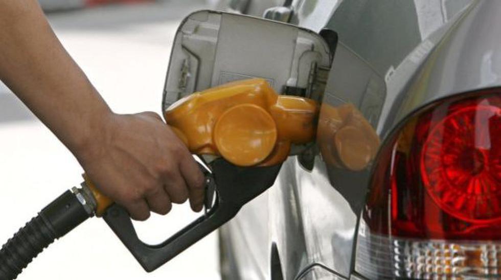 Precio de la gasolina bajaría entre 9% y 13% en el corto plazo