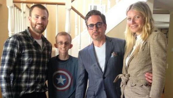 """Los Vengadores"" visitaron a joven con cáncer"