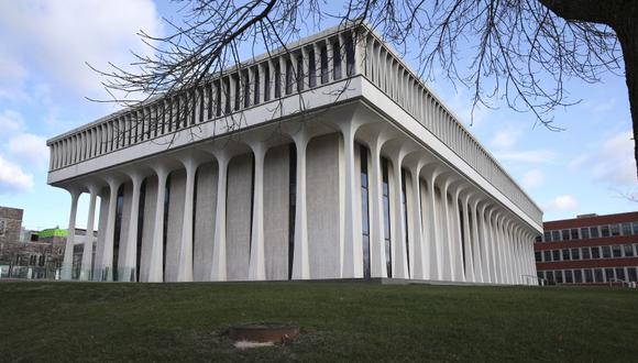 Fotografía del 3 de diciembre del 2015 muestra a la Escuela de Asuntos Públicos e Internacionales Woodrow Wilson de la Universidad de Princeton en Princeton, Nueva Jersey. (Foto AP / Mel Evans, archivo)