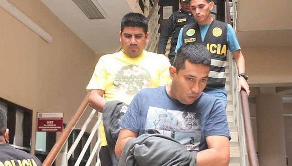 Piura: La Fiscalía Anticorrupción de Sullana solicitó 6 años de prisión áralos policías Donny Baldemar Mendoza Santur (36) y César Edú Alburqueque Silva (32), acusados de pedir una coima de 100 dólares a una ciudadana ecuatoriana. (foto difusión)