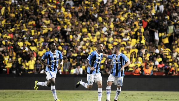 Barcelona cayó 3-0 ante Gremio de local por la ida de las semis de la Copa Libertadores. (Foto: AFP)
