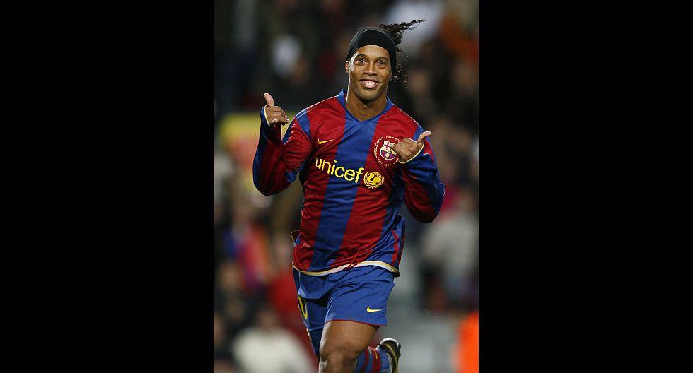 1.- Ronaldinho (FC Barcelona), en 86.2 millones de dólares. (Foto: Agencias)