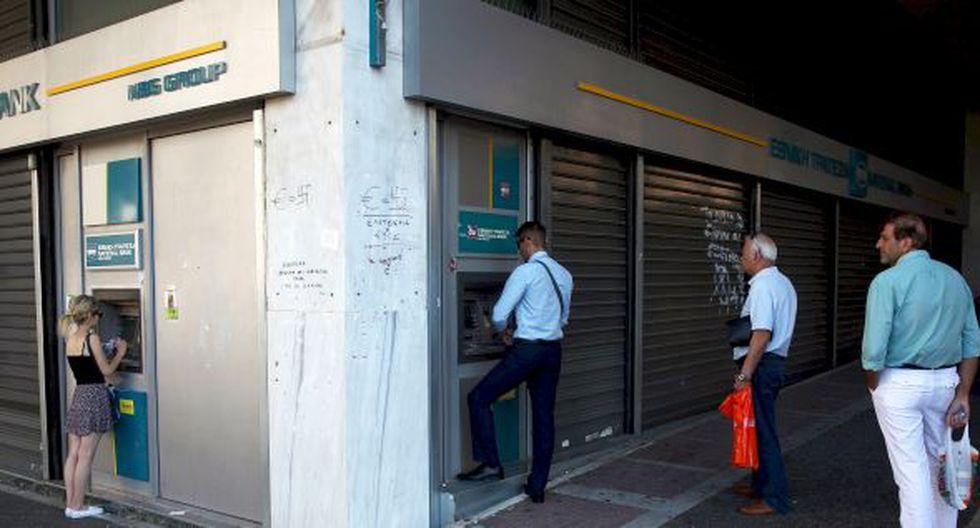 Crisis en Grecia: Bancos reabrirán con restricciones