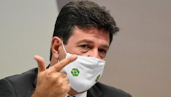 El exministro de Salud Luiz Henrique Mandetta, quien estaba en el cargo cuando la pandemia irrumpió en Brasil en febrero de 2020, habla ante el Senado hoy en Brasilia (Brasil). (Foto: EFE)