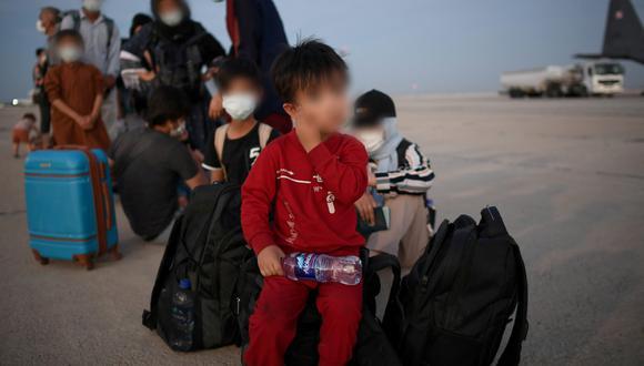 Millones de afganos buscan abandonar Afganistán huyendo de los talibanes. (Foto: EFE)