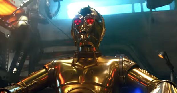 C-3PO rescheduling itself (Photo: Lucasfilm)