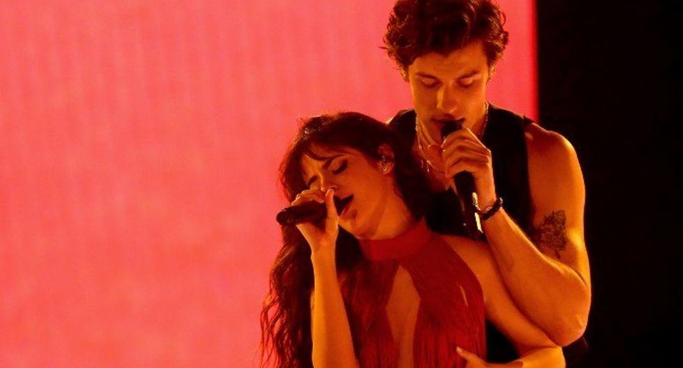 AMAs 2019: Shawn Mendes y Camila Cabello se presentaron así en los American Music Awards. Foto: AFP.
