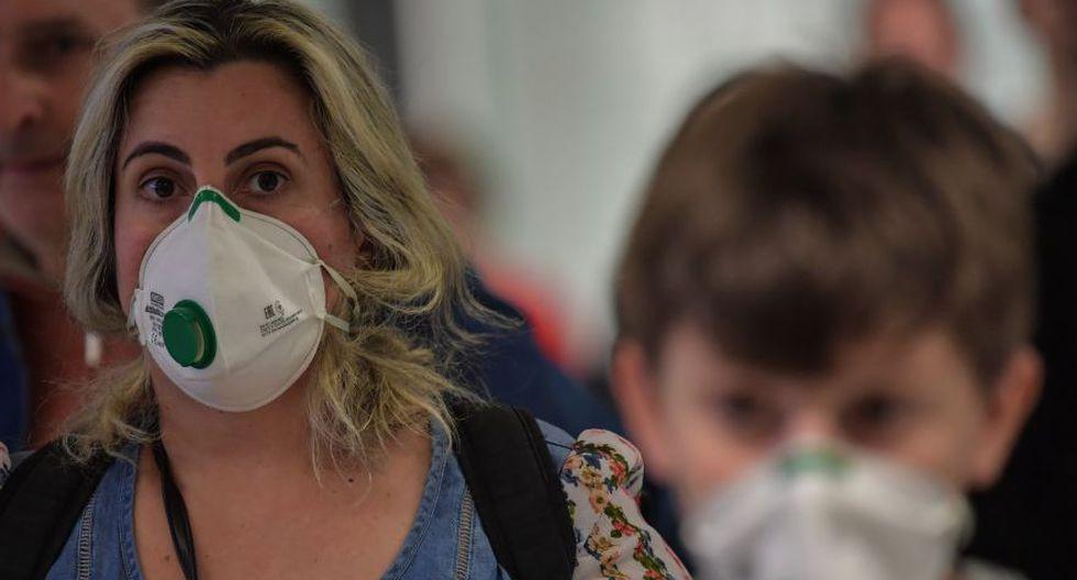 Brasil aún carece de respiradores, camas de terapia intensiva y equipos de protección individual (EPI) para el personal de salud que enfrenta una emergencia que hasta el momento dejó unos 16.000 casos y más de 800 muertos. (Foto: Nelson ALMEIDA / AFP)