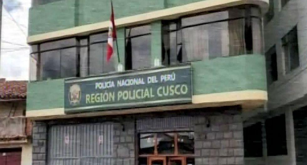 Los fiscales realizan las pesquisas en la sede de la Región Policial de Cusco. (Foto: Captura/Canal N)