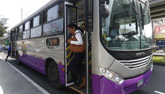Unos 130 mil usuarios se benefician diariamente por los buses del Corredor Morado. (Foto: GEC)