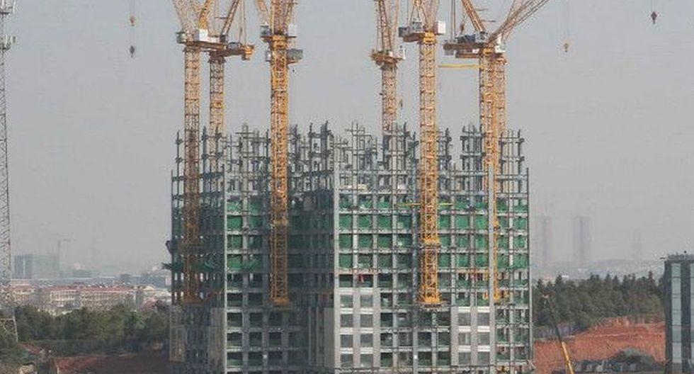 El Mini Sky City, obra del empresario chino Zhang Yue y de la empresa Broad Sustainable Building (BSB), es un edificio de 57 pisos que se construyó en 19 días. (Captura de video)
