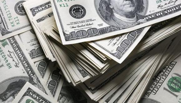 """En la plaza marginal, el denominado """"dólar blue"""" subía a 133 pesos argentinos este miércoles. (Foto: GEC)"""