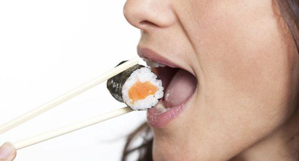 ¿A las mujeres les conquista por el estómago?