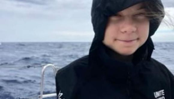 Las imágenes de Greta Thunberg en altamar se ven borrosas por la restricción de datos. (Crédito: Instagram).