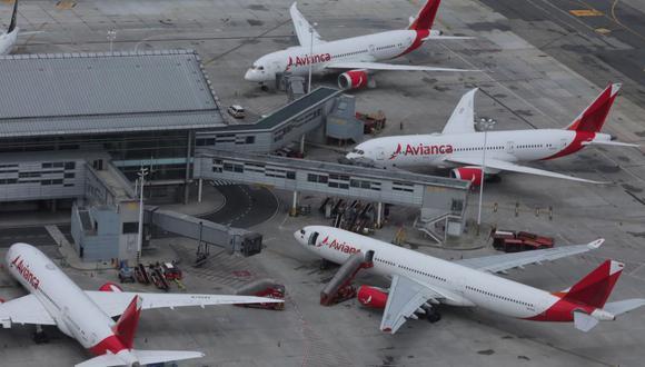 Avianca Holdings cuenta con una flota de 158 aviones y opera en 27 países, atendiendo a 30 millones de pasajeros. Emplea a 21 mil trabajadores, de los cuales 900 están en el Perú.
