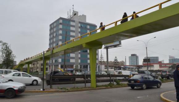 Puente peatonal en la Av. Javier Prado ya es reparado