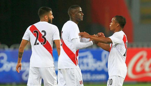 Perú con Paolo Guerrero enfrenta hoy a Iraq en Dubái