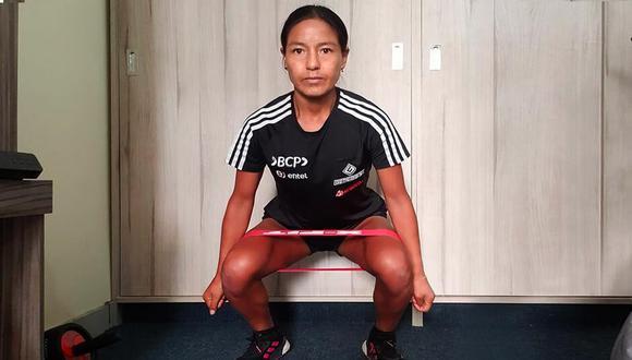 Inés Melchor, quien posee el récord sudamericano en Maratón, no ha dejado que la cuarentena sea impedimento para dejar de practicar.