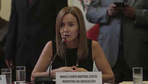 """Marilú Martens comentó que, en un inicio, pensó que la huelga de docentes era un """"problema regional que podía ser abordado por las regiones""""."""