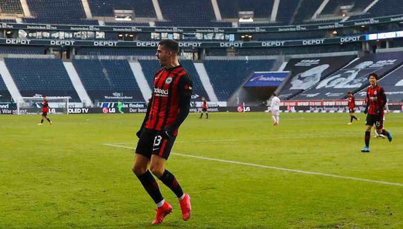 André Silva lleva 22 goles esta temporada con Eintrach Frankfurt. (Foto: AFP)